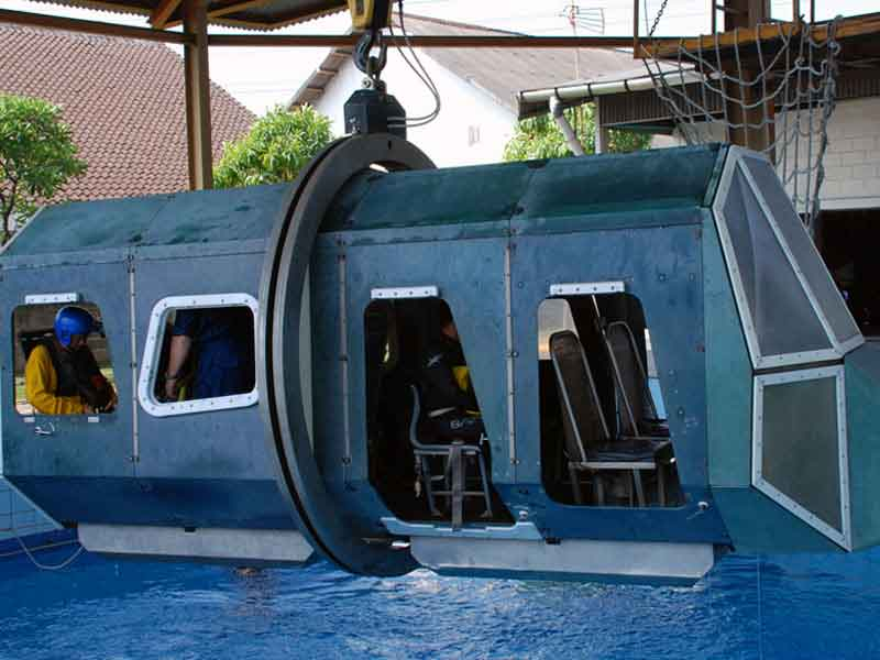 Tropical Helicopter Underwater Escape Training with Emergency Breathing Systems